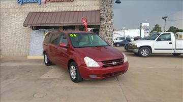 2006 Kia Sedona for sale at NORTHWEST MOTORS in Enid OK
