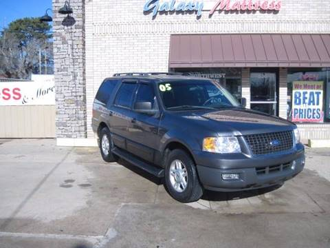 2005 Ford Expedition for sale at NORTHWEST MOTORS in Enid OK
