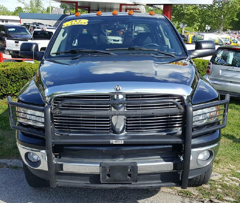 2004 Dodge Ram Pickup 2500 for sale at Dynamite Deals LLC in Arnold MO