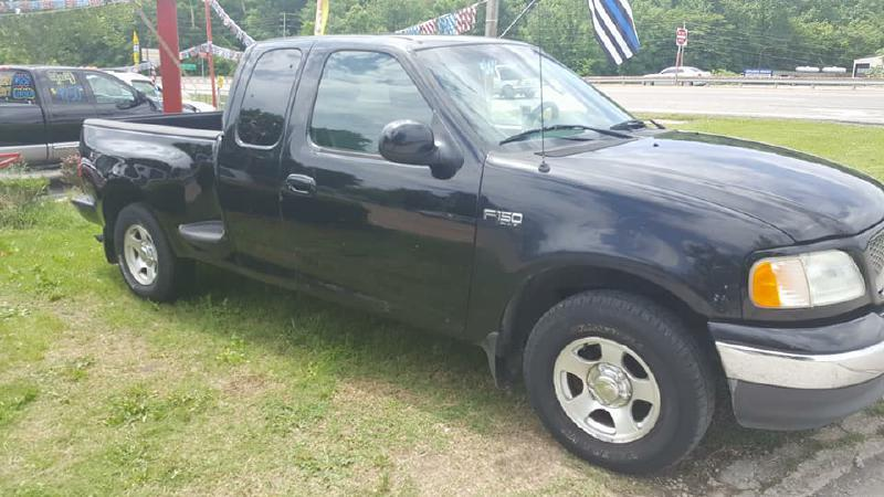 2003 Ford F-150 for sale at Dynamite Deals LLC in Arnold MO