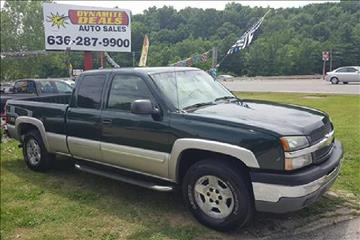 2005 Chevrolet Silverado 1500 for sale at Dynamite Deals LLC - Dynamite Deals in High Ridge MO