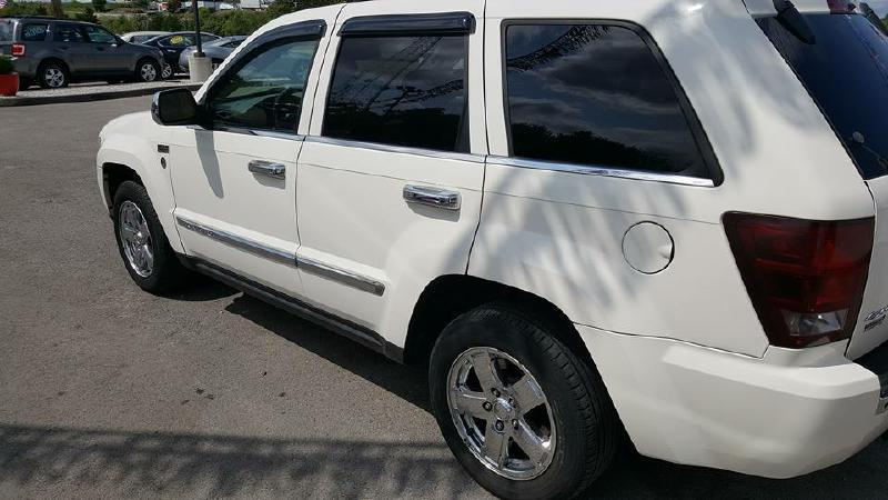 2005 Jeep Grand Cherokee for sale at Dynamite Deals LLC in Arnold MO