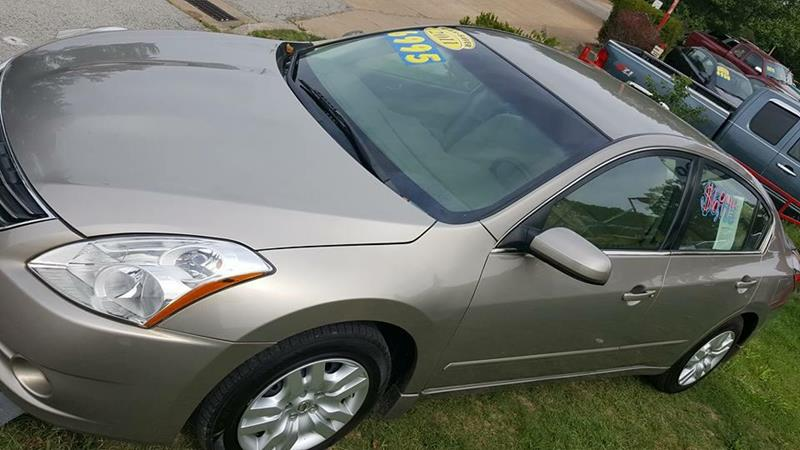 2011 Nissan Altima for sale at Dynamite Deals LLC in Arnold MO