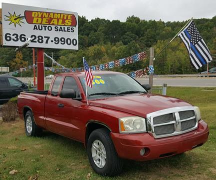 2006 Dodge Dakota for sale at Dynamite Deals LLC in Arnold MO