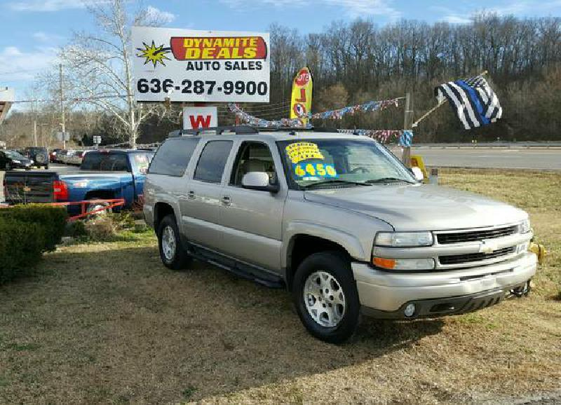 2004 Chevrolet Suburban for sale at Dynamite Deals LLC in Arnold MO