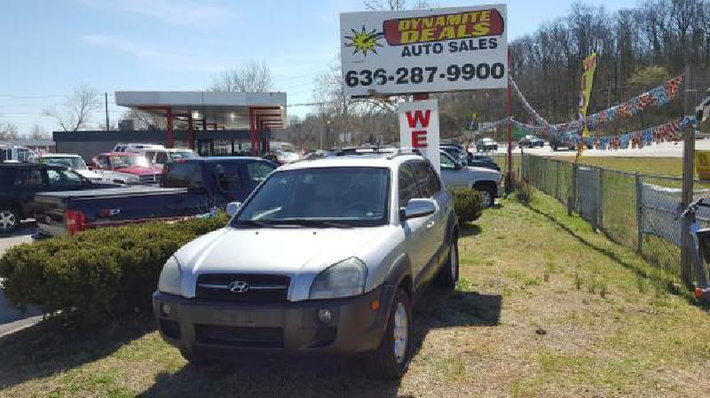 2005 Hyundai Tucson for sale at Dynamite Deals LLC in Arnold MO