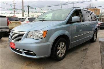 2013 Chrysler Town and Country for sale in Finksburg, MD
