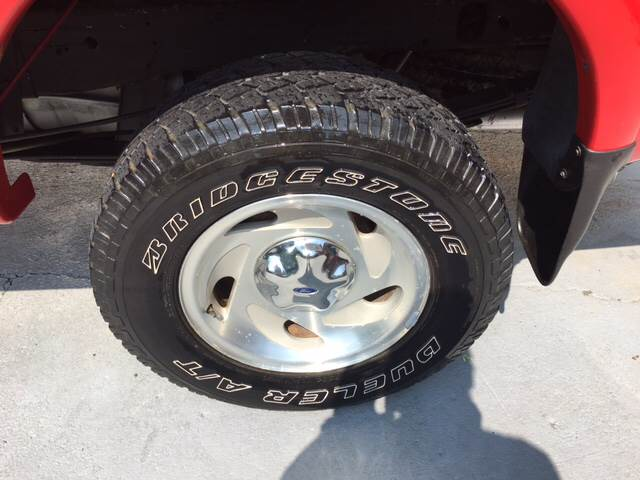 1998 Ford F-150 for sale at IRONWORKS MOTORSPORTS in Cartersville GA