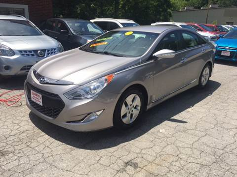 2012 Hyundai Sonata Hybrid for sale in Inez, KY