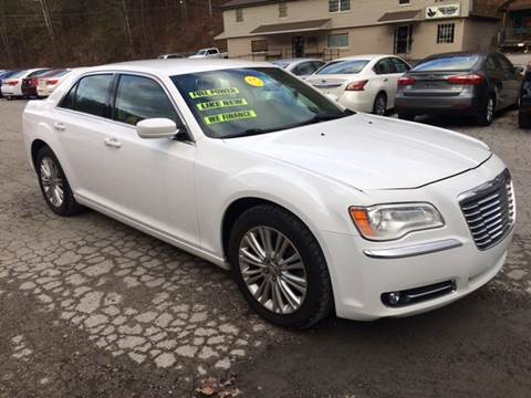 2013 Chrysler 300 for sale at Tommy's Auto Sales in Inez KY