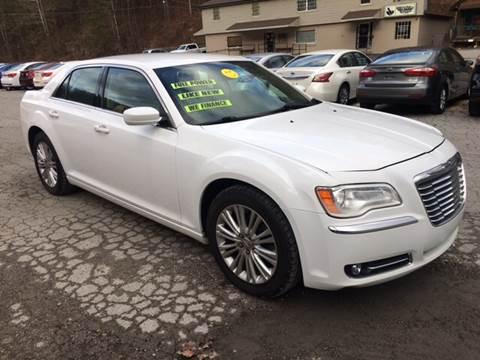 2013 Chrysler 300 for sale in Inez, KY