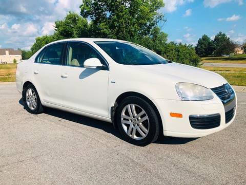 2007 Volkswagen Jetta for sale in Green Wood, IN