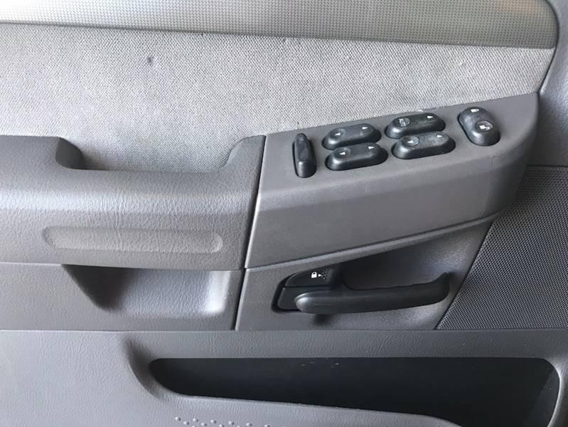 2004 Ford Explorer XLT 4dr SUV - Greenwood IN