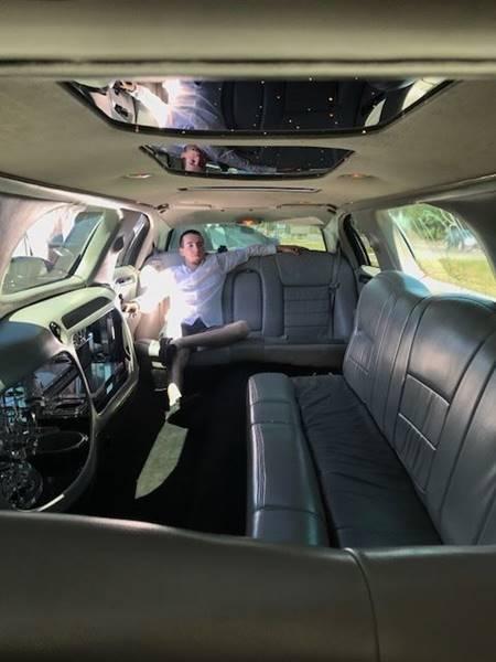 1999 Lincoln Town Car Executive 4dr Sedan - Colonial Beach VA