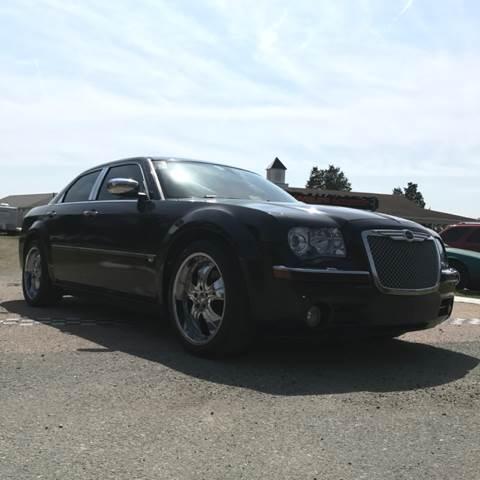 2005 Chrysler 300 C 4dr Sedan - Colonial Beach VA