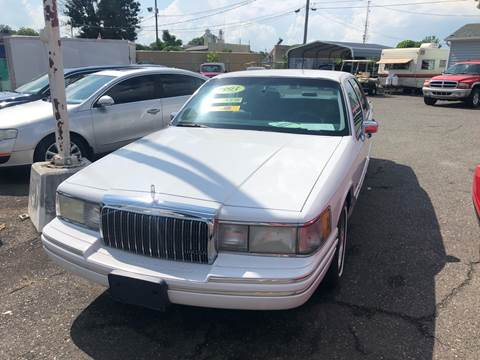 1993 Lincoln Town Car for sale at LINDER'S AUTO SALES in Gastonia NC