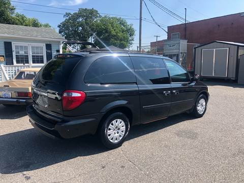 2005 Chrysler Town and Country for sale at LINDER'S AUTO SALES in Gastonia NC