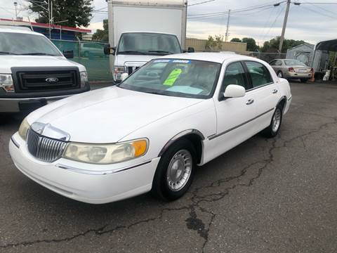 1998 Lincoln Town Car for sale at LINDER'S AUTO SALES in Gastonia NC