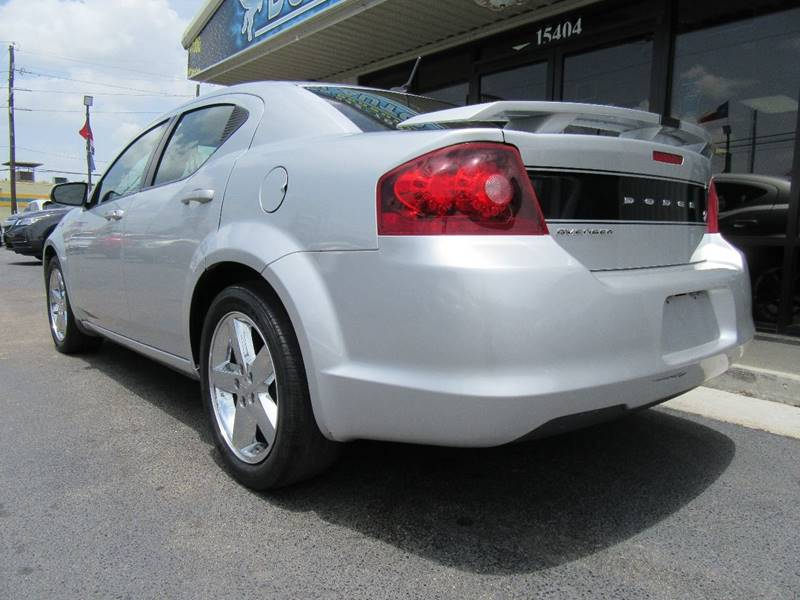 2011 Dodge Avenger Lux 4dr Sedan - Houston TX