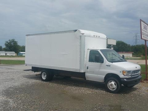 2002 Ford E-350 for sale in Chouteau, OK