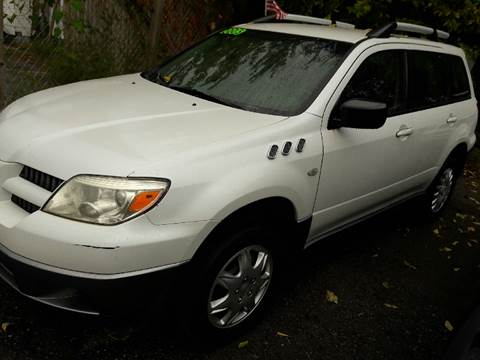 2005 Mitsubishi Outlander for sale in Indianapolis, IN