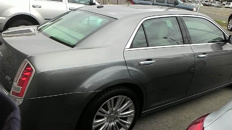 2011 Chrysler 300 C 4dr Sedan - Nashville TN