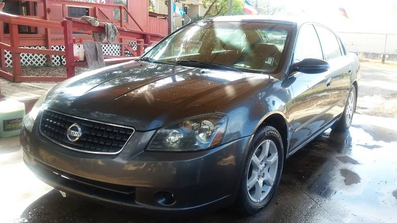 2005 Nissan Altima For Sale At Robles Motor Group, LLC In Tampa FL