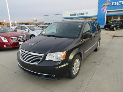2013 Chrysler Town and Country for sale in Cedar Falls, IA