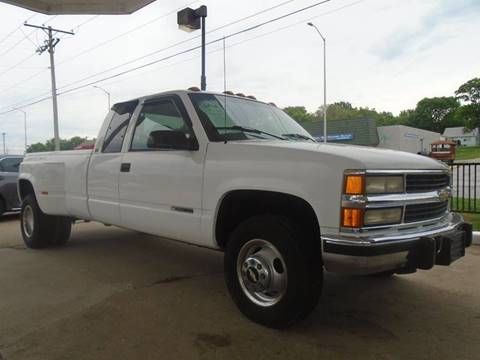 1996 Chevrolet C/K 3500 Series for sale at GLADSTONE AUTO SALES in Kansas City MO
