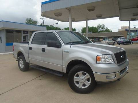 2004 Ford F-150 for sale at GLADSTONE AUTO SALES in Kansas City MO