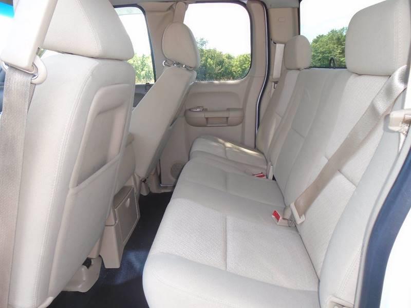 2012 Chevrolet Silverado 2500HD for sale at GLADSTONE AUTO SALES in Kansas City MO