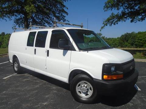 2008 Chevrolet Express Cargo for sale at GLADSTONE AUTO SALES in Kansas City MO