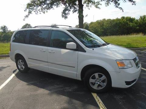 2010 Dodge Grand Caravan for sale at GLADSTONE AUTO SALES in Kansas City MO