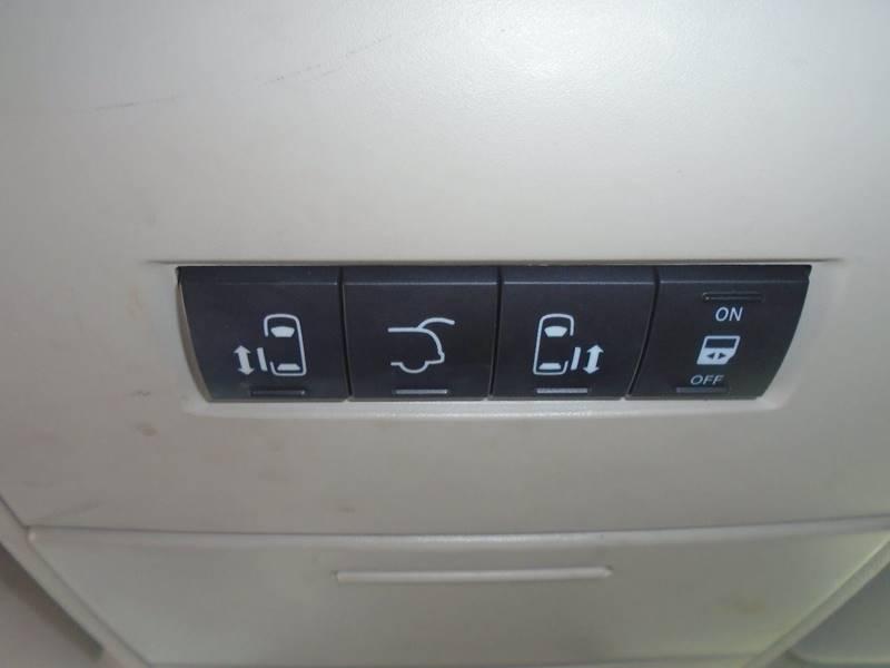 2015 Dodge Grand Caravan for sale at GLADSTONE AUTO SALES in Kansas City MO