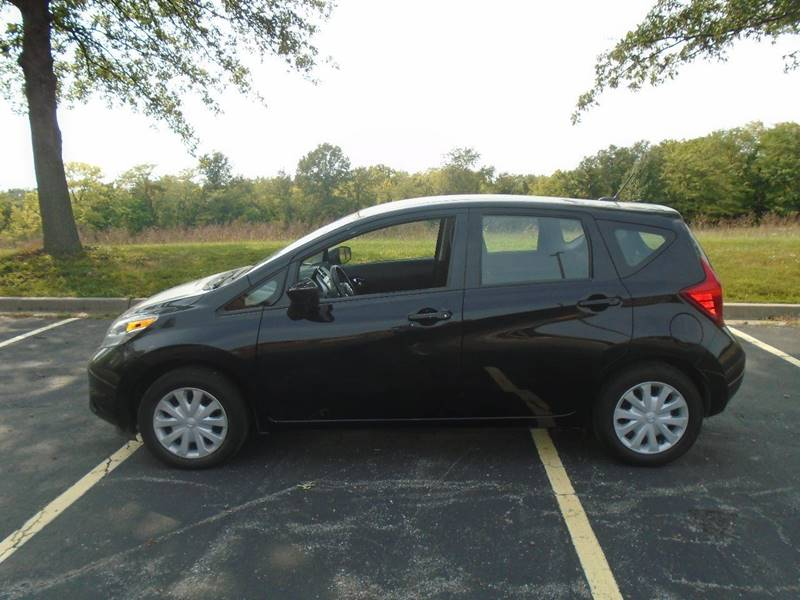 2016 Nissan Versa Note for sale at GLADSTONE AUTO SALES in Kansas City MO