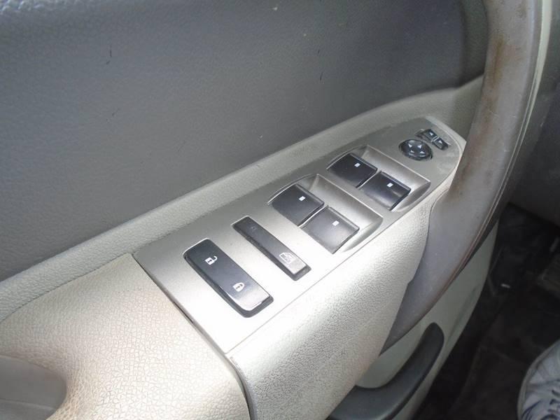 2011 Chevrolet Silverado 2500HD for sale at GLADSTONE AUTO SALES in Kansas City MO