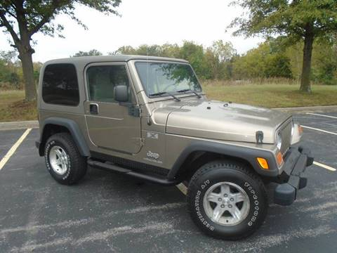 2004 Jeep Wrangler for sale at GLADSTONE AUTO SALES in Kansas City MO