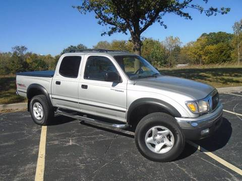 2003 Toyota Tacoma for sale at GLADSTONE AUTO SALES in Kansas City MO