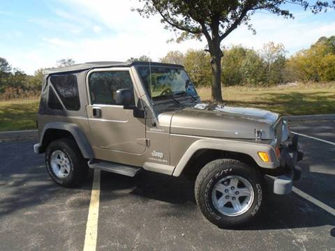 2006 Jeep Wrangler for sale at GLADSTONE AUTO SALES in Kansas City MO