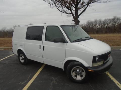 2001 GMC Safari Cargo for sale in Kansas City, MO