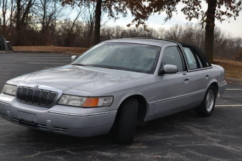 2001 Mercury Grand Marquis for sale at GLADSTONE AUTO SALES    GUARANTEED CREDIT APPROVAL in Gladstone MO