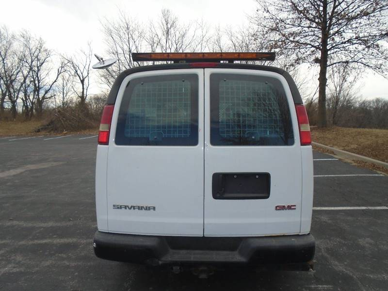 2008 GMC Savana Cargo for sale at GLADSTONE AUTO SALES in Kansas City MO