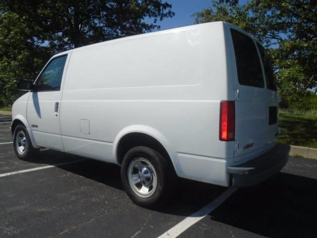 2001 Chevrolet Astro Cargo for sale at GLADSTONE AUTO SALES in Kansas City MO