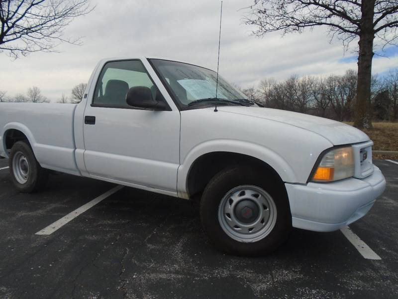 1998 GMC Sonoma for sale at GLADSTONE AUTO SALES in Kansas City MO