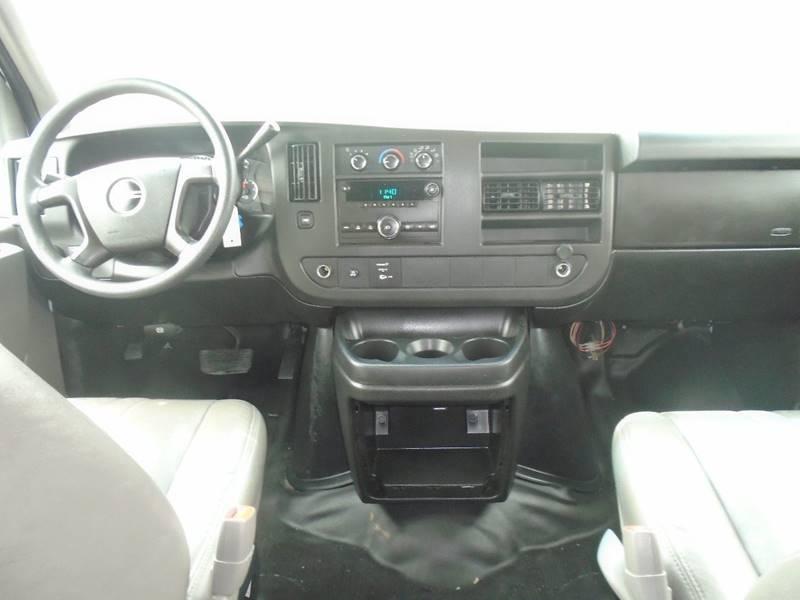 2009 GMC Savana Passenger for sale at GLADSTONE AUTO SALES in Kansas City MO