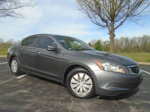 2008 Honda Accord for sale at GLADSTONE AUTO SALES in Kansas City MO