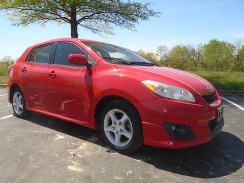 2009 Toyota Matrix for sale at GLADSTONE AUTO SALES in Kansas City MO