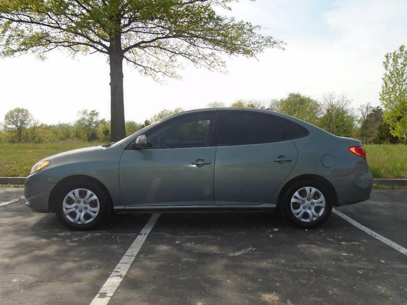 2010 Hyundai Elantra for sale at GLADSTONE AUTO SALES in Kansas City MO