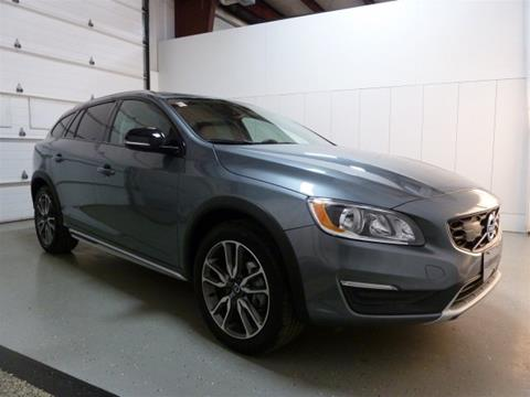 2017 Volvo V60 Cross Country for sale in Frankfort, IL