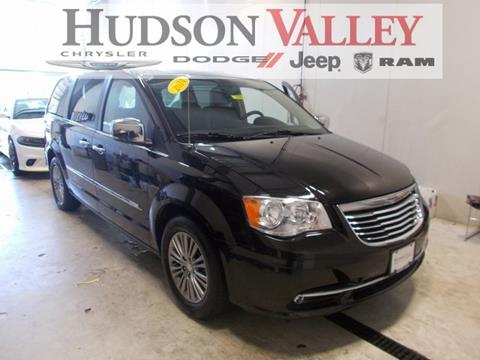 2014 Chrysler Town and Country for sale at Hudson Valley Auto Exchange in Newburgh NY